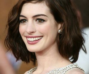 Anne Hathaway and hair image