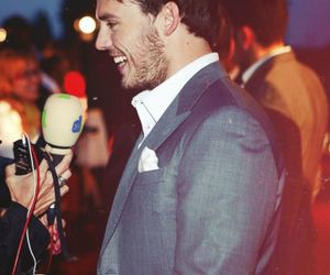 sam claflin and finnik image