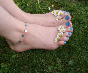 hipster, nails, and flowers image