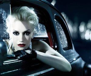 gwen stefani and car image