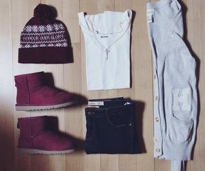 beanie, fashion, and maroon image