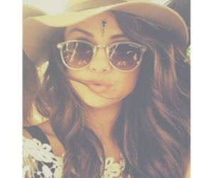 selena gomez and hat image