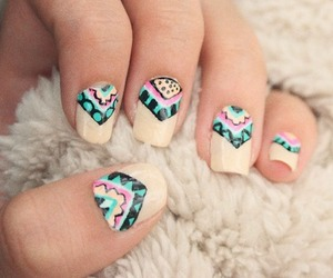 nails and retro image