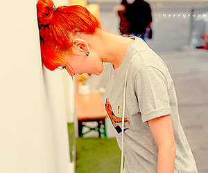 hair, paramore, and hayley williams image