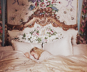 Kirsten Dunst, marie antoinette, and rococo image