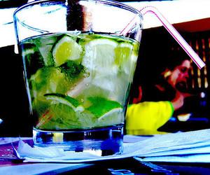 drink and caipirinha image