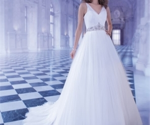 wedding dress, bride dress, and bridal gown image