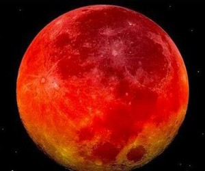 red moon image