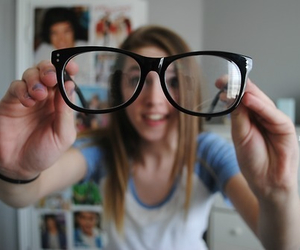 glasses, tumblr, and quality image