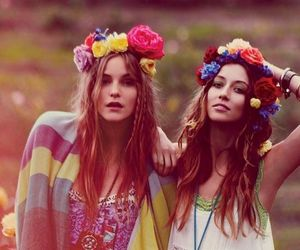 girl, friends, and flowers image