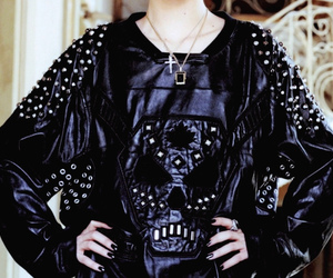 black and white, fashion, and skull image