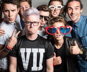 youtubers, tyler oakley, and joe sugg image