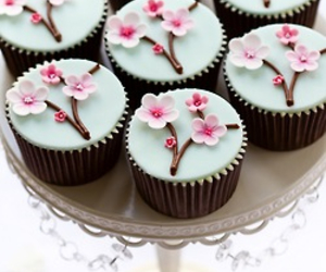 sweet, cupcake, and flowers image