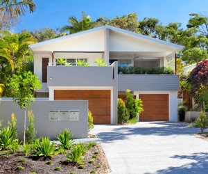 house exterior, minimalist style, and glass elements image