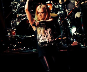 Avril, tour, and Avril Lavigne image
