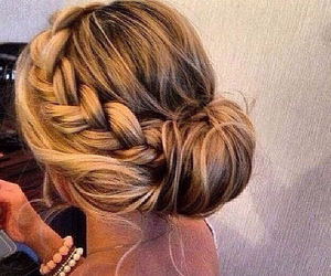 brownhair, fashionable, and loveit image