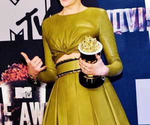 Shailene Woodley, divergent, and award image