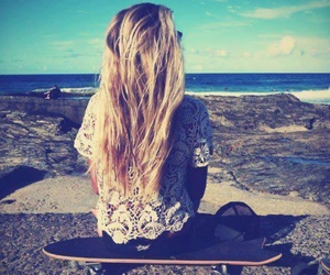 beach, skate, and blonde image