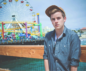 connor franta, o2l, and boy image
