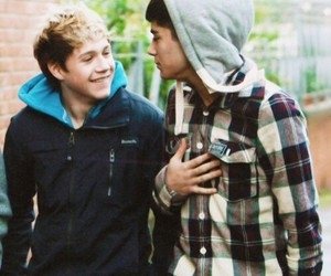 niall horan, ziall, and one direction image