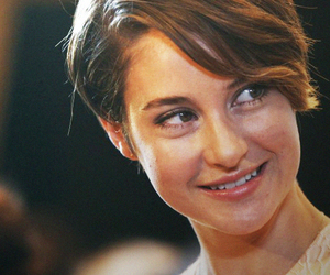 Shailene Woodley, actress, and smile image