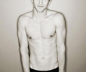 keegan allen, pretty little liars, and pll image