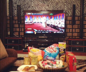 food, اكل, and tv image