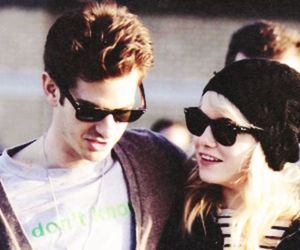 coulple, emma stone, and andrew garfield image
