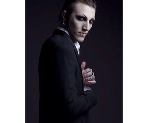 chris motionless and miw image