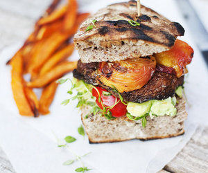 burger, food, and foodporn image
