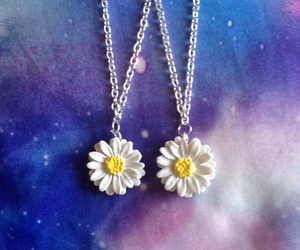 90s, alternative, and daisies image