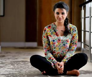 actress and parineeti chopra image