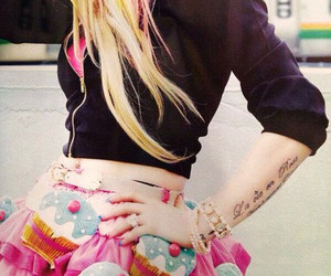 Avril Lavigne, hello kitty, and Avril image