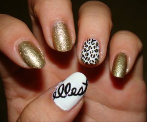 nails, gold, and illest image