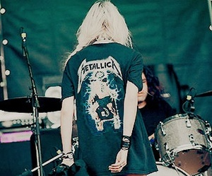 Taylor Momsen, the pretty reckless, and metallica image