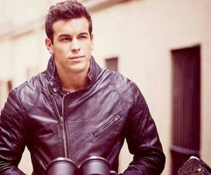 mario casas, boy, and 3msc image