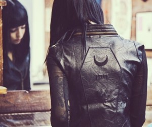 black, jacket, and hannah snowdon image