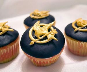 cupcake, hunger games, and food image