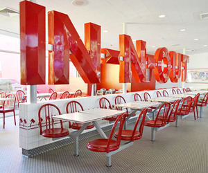 food and in n out image