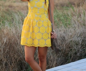 daisys, fashion, and outfit image