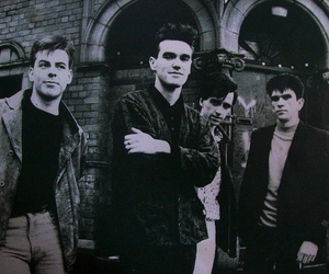 lp, the queen is dead, and the smiths image