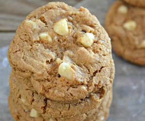 brown sugar, white chocolate, and Cookies image