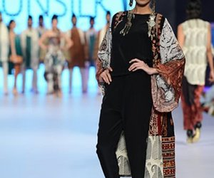 Girls Fashion, girls dresses, and pakistani dresses image
