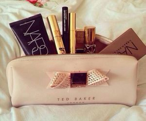 beauty, girls, and eyeliner image