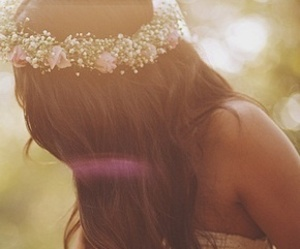 flower crown, hair, and girl image