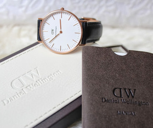 watch and daniel wellington image