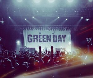 colorfull, concert, and green day image