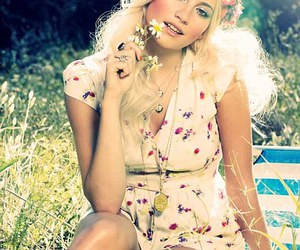 pixie lott and summer image
