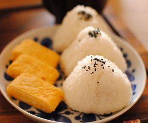egg, onigiri, and rice image