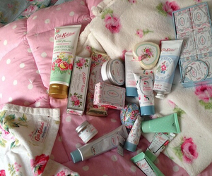 beauty, girly, and cath kidston image